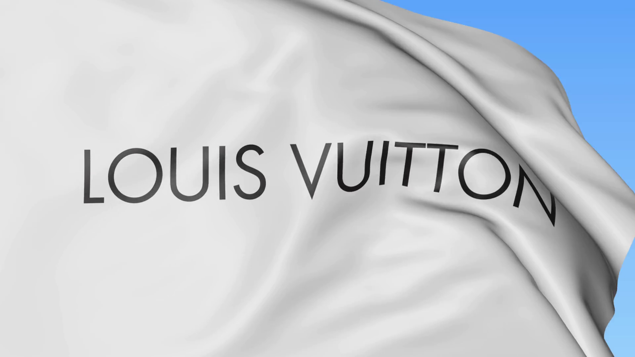 6ec2cd6b38 Louis Vuitton και Gucci ενώνουν τις δυνάμεις τους για την Παναγία των  Παρισίων